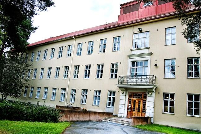 Roparnäs sjukhus. Här finns den psykiatriska specialistvården inom Vasa sjukvårdsdistrikt.