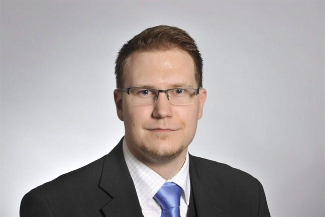 Den sannfinländska riksdagsledamoten Olli Immonen har kanske redan uppnått sitt politiska mål med sitt förslag om en etnisk registrering i och med att ledande, Finlandssvenska opinionsbildare har tagit avstånd från folkregistrering.