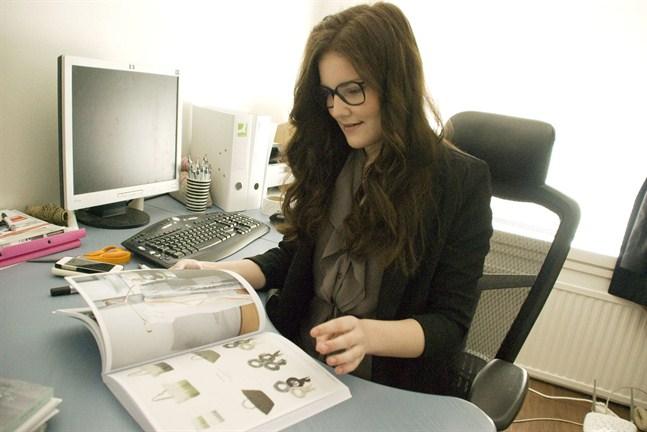 När Fanny Johansson beställer in varor till sin butik är det kataloger och bloggar som inspirerar henne mest.