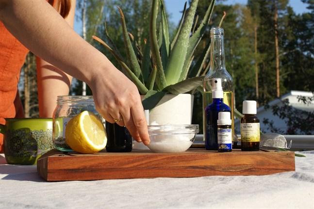 Naturliga hudvårdsprodukter gynnar inte bara en själv, det är också bra för miljön.