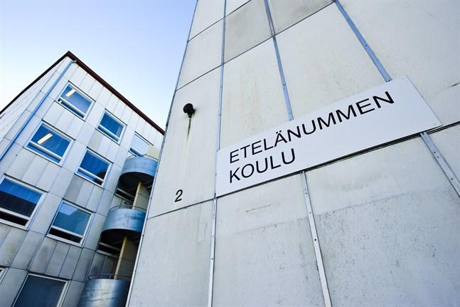 En sammandrabbning mellan två elever från Etelänummi skola är nu polissak.