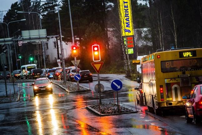 Trafiken i Vasa kommer att flyta bättre efter att ljusen förnyats.