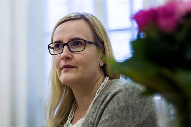 Förvaltningsdirektör Milla Kallioinen är stadsdirektör Anne Ekstrands ersättare när denna är frånvarande eller jävig.