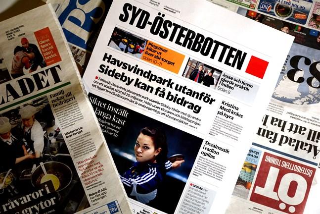 Många får sin tidning först i eftermiddag. Det är stormen Laina som ställt till det den här gången.