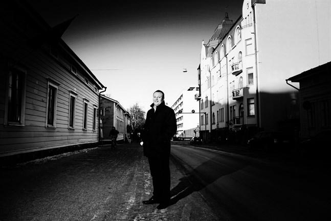 – Våra svarta hål är färre än landets medeltal, men de är så synliga att det ser värre ut än vad det är, säger Visit Vasas vd Max Jansson.