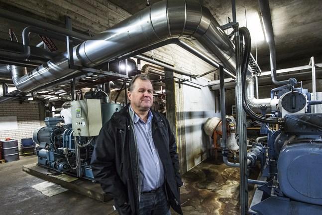 Enligt vd Lars-Erik Nyman var Terjärv Frys först ut med nya skriftliga leveransavtal som kräver att foderkunderna också är certifierade farmer. Därmed kan foderköket också stoppa foderleveransen till JP Turkis, som av PSTK fått avslag på sin anhållan om certifikat till sin farm.