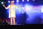 Sonja Biskop är en av musikalshowens huvudartister.