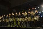 Skolmusikkårens drillflickor stod för showens dansinslag.