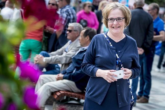 Anne Ekstrand är Jakobstads nya stadsdirektör efter ett val som bara krävde en omgång.