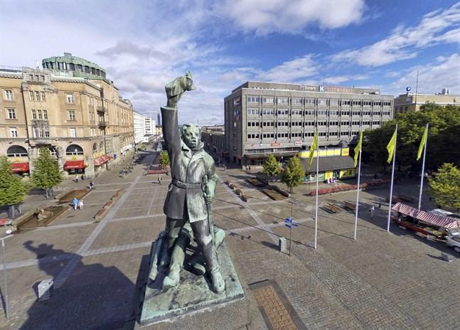 Det finns en koppling mellan Vasa och de insjuknade byggarbetarna i Seinäjoki. Han som tog med sig smittan från utlandet hade också besökt ett bygge i Vasa.
