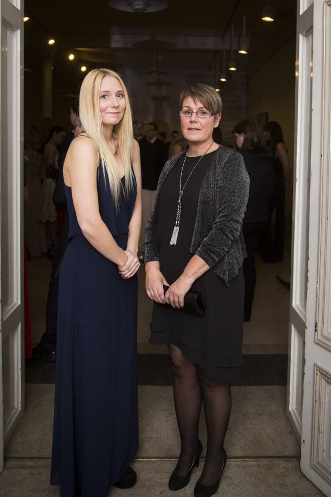 Dotter och mor Ida-Marie Jungell och Camilla Jungell.
