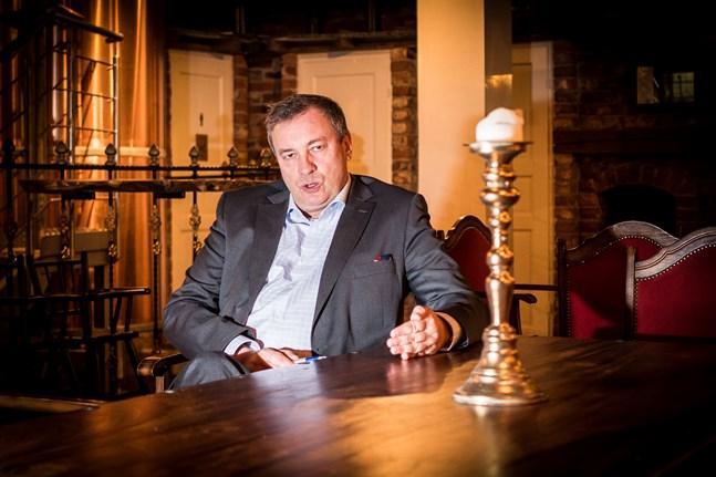 Kjell Skoglund är sedan 2015 verkställande direktör för Finsk-svenska handelskammaren.