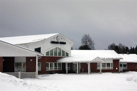Elevminskning bara i Yttermark och Pjelax - Vasabladet