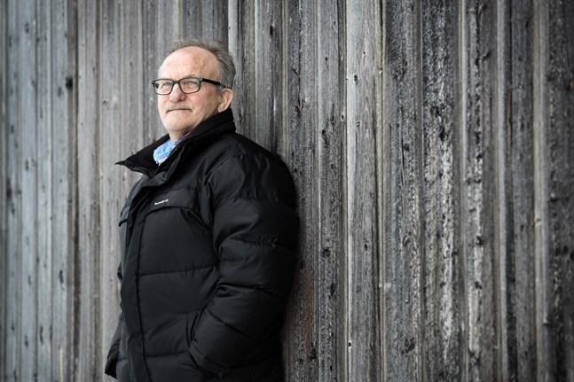 Hans Martin, från Sundom, var sångare i dansbandet Tommys 1980-2000. Bandet hade stora framgångar i Sverige och kom bland annat in på Svensktoppen. Martin har även haft framgångar som soloartist i Sverige och Norge.