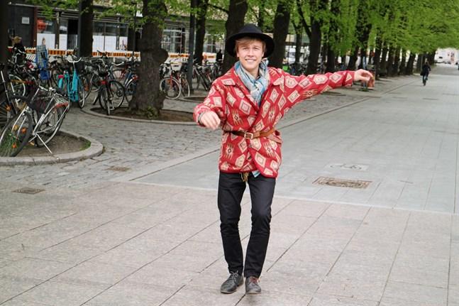 Erik Sjöholm släpper sin soloskiva i augusti och har releasefest på The Doo Bop Club på Konstens natt.