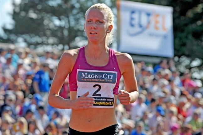 Sandra Eriksson har sent om sider fått medalj för sin insats 2013.