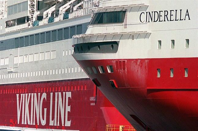 Viking Line stoppar kryssningarna till Åland med fartyget Cinderella. Arkivbild.