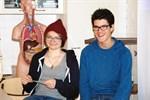 Niorna Katya Henriksson och Alfred Backlund tyckte det var roligt att agera lärare för en dag