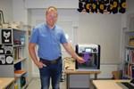 Patrik Hautanen ser den nya tekniken som redskap för undervisning
