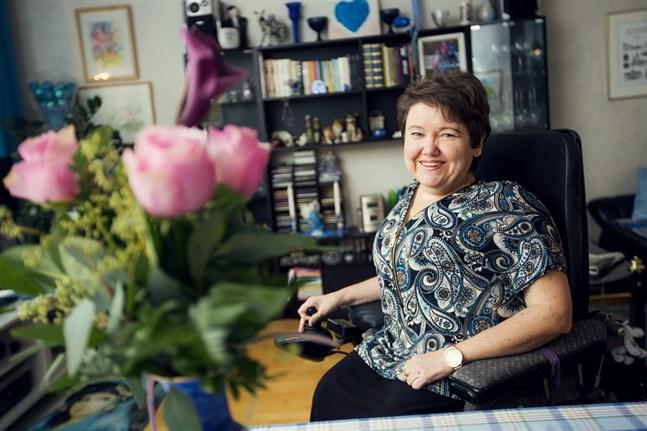 Carola Lithén väljer att alltid se positivt på livet, det är så mycket roligare så.