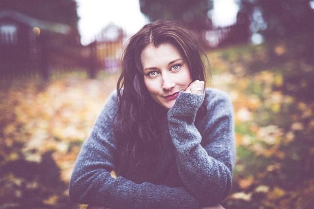 Sofia Lybäck är skådespelare, dansare och koreograf. Hon har fått jobb i La Strada som får premiär i februari.