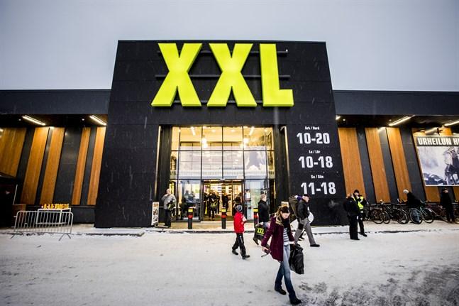 XXL har en butik också i Stenhaga i Vasa. .
