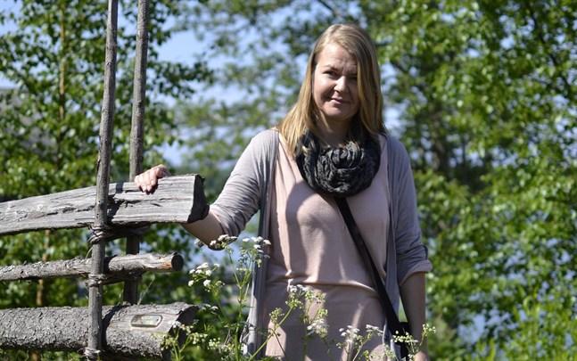 Petra Lapveteläinen har fått bidrag från Kulturfonden för att skriva en interaktiv kriminalnovell som utspelar sig i Kaskö.