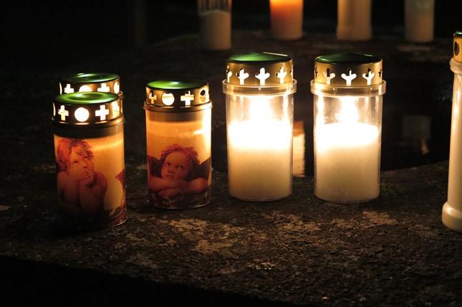 Gravljusen på bilden har inget med dödsfallen att göra. Arkivbild.