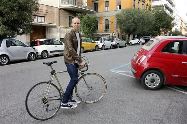 Kimmo Kettunen cyklar gärna i Rom.