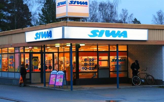 Fastigheten på Västermalmstorg har stått tom sedan Siwa-butiken stängde i februari 2017.