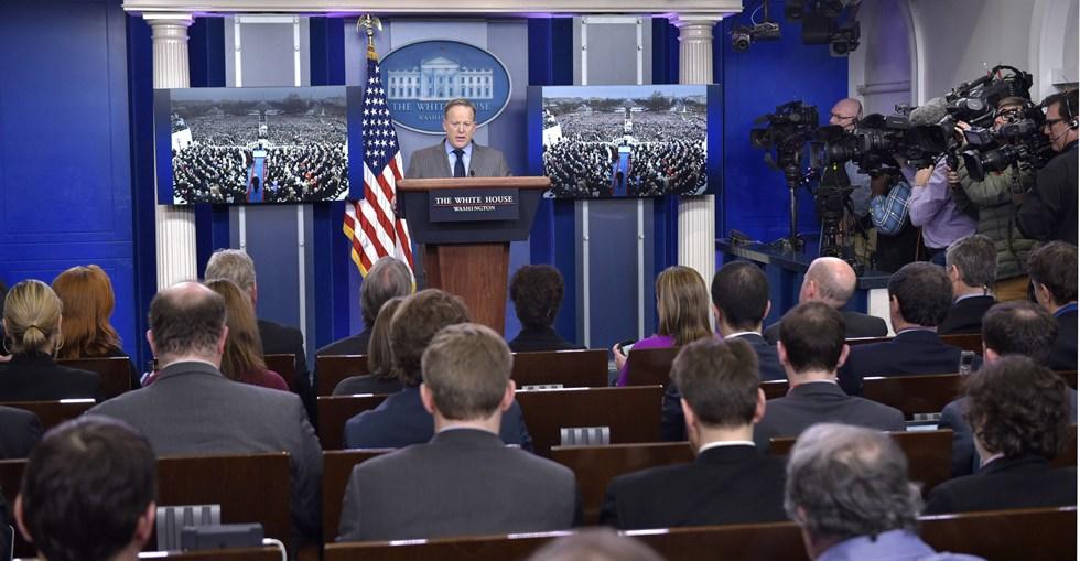 Vita husets mediestrategi