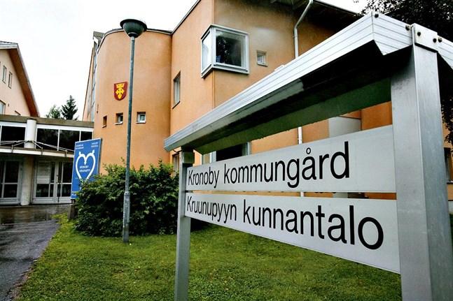 Det är fortsatt strama tyglar i budgeteringen i Kronoby.