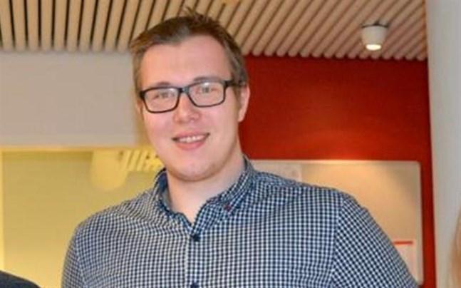 Svensk ungdoms Roberth Sjöström är nyvald ordförande för SFP:s fullmäktigegrupp i Närpes.