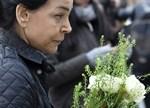 Det är mycket sorg i Stockholm på lördagen, efter fredagens dåd.