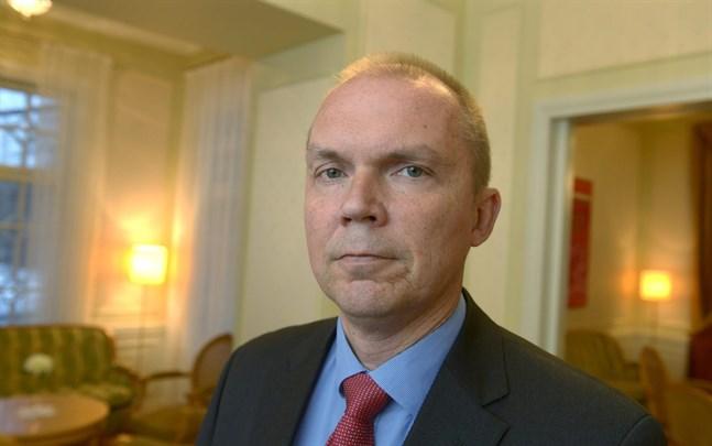 Markku Mantila har ett förflutet som Pohjalainens och Kalevas chefredaktör, men också som Statsrådets kommunikationschef.