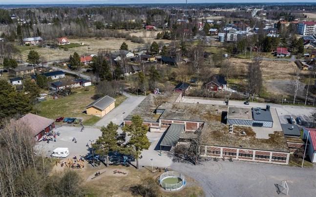 Om fullmäktige beviljar mer pengar på torsdag kan Kvevlax lärcenter börja byggas i juni.