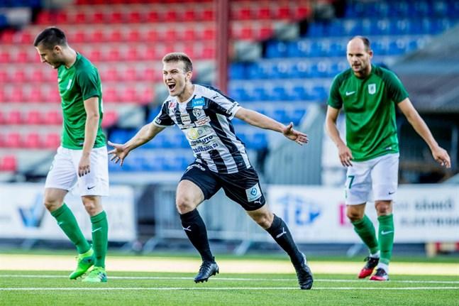 Joonas Vahtera efter målet mot Olimpija Ljubljana i Europa League-kvalet.