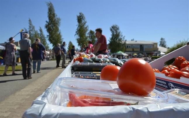 Tomatkarnevalen är den stora sommarfesten i Närpes.