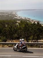 Från restaurang Mirador har man fin vy över nästan hela Formentera.