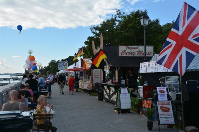 Matförsäljarnas avdelningar kommer att finnas på strandområdet från busstationen till gästhamnen och Packhustorget.