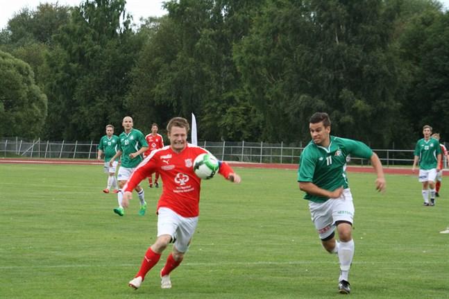 Julian Tarvoll spelade med andralaget i femman och gjorde två mål. Bilden från 2017.