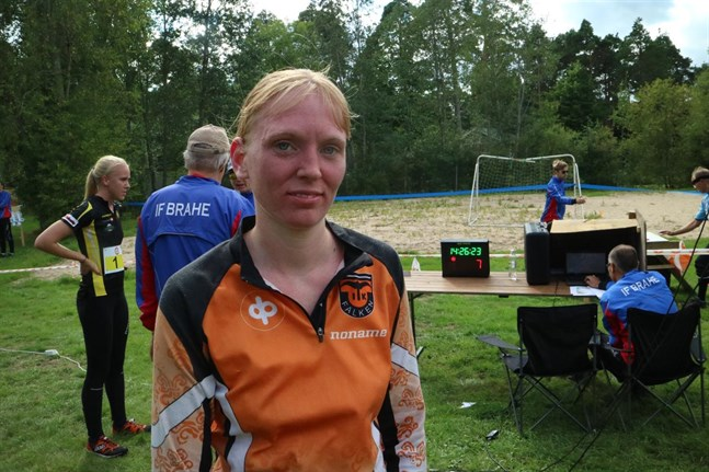 Lina Lindfors tävlade med framgång i Kaustby.
