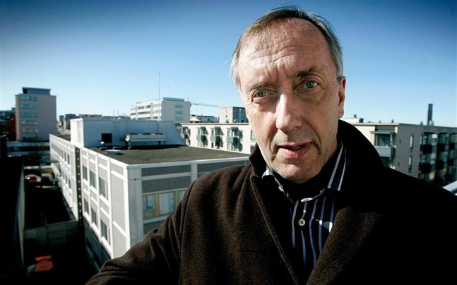 Hans Frantz hoppas att Vasa centralsjukhus lyckas med ett eget språktest inför anställning.