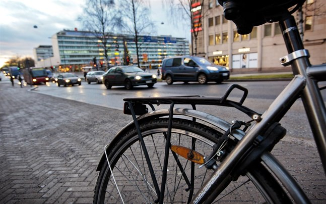 Österbottens tingsrätt har avgjort ett ärende där en tragisk cykelolycka är i fokus.