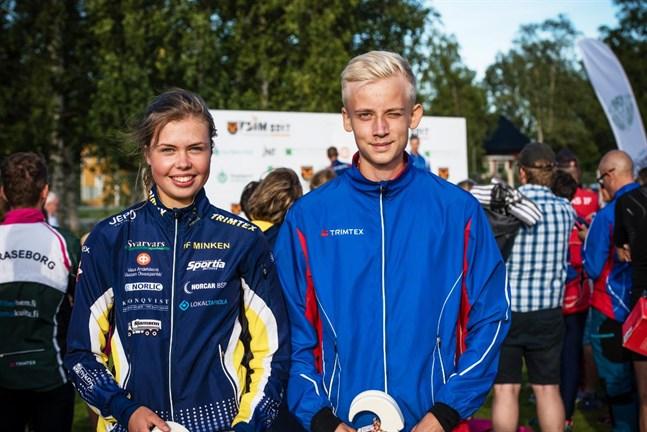 Amanda Strandvall (Minken) och Otto Gripenberg (Brahe) får ta sig an utmaningarna i Nedervetilskogarna på lördag.
