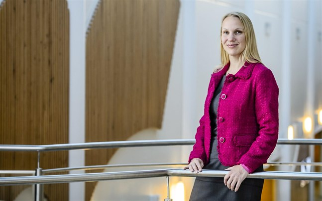 Malin Brännkärr är för tillfället kommundirektör i Kronoby.