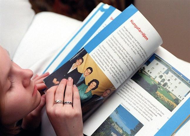 I Finland är det främst den socioekonomiska bakgrunden och föräldrarnas aktivitet som avgör läsförmågan.