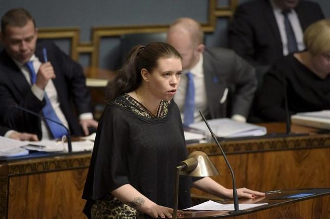 Jag uppmanar riksdagsledamot Anna Kontula (bilden) och hennes kolleger att ta den växande antisemitismen på största allvar, skriver KD:s Peter Östman.
