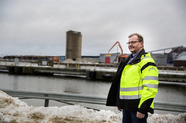 Teijo Seppelin väntar ivrigt på den nya Kvarkenfärjan.