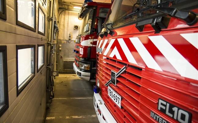 Räddningsverket har ryckt ut till en olycka i Indola i Karleby.